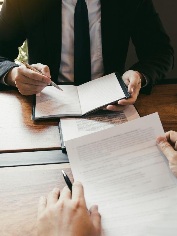 Business-lawyer-Toowoomba